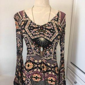 Dresses & Skirts - Dress/top